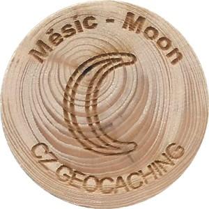 Měsíc - Moon