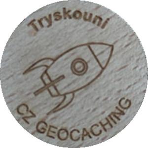 Tryskouni