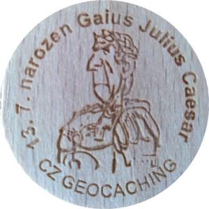 13. 7. narozen Gaius Julius Caesar